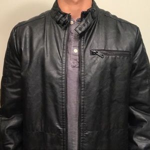 Kenneth Cole M Leather Jacket w/ Collar & Lining